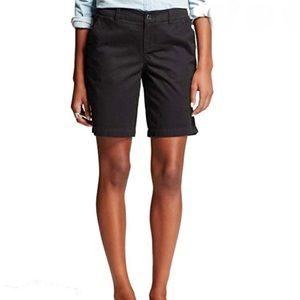 "Merona Casual Shorts Black Size 8 with 9"" Inseam"